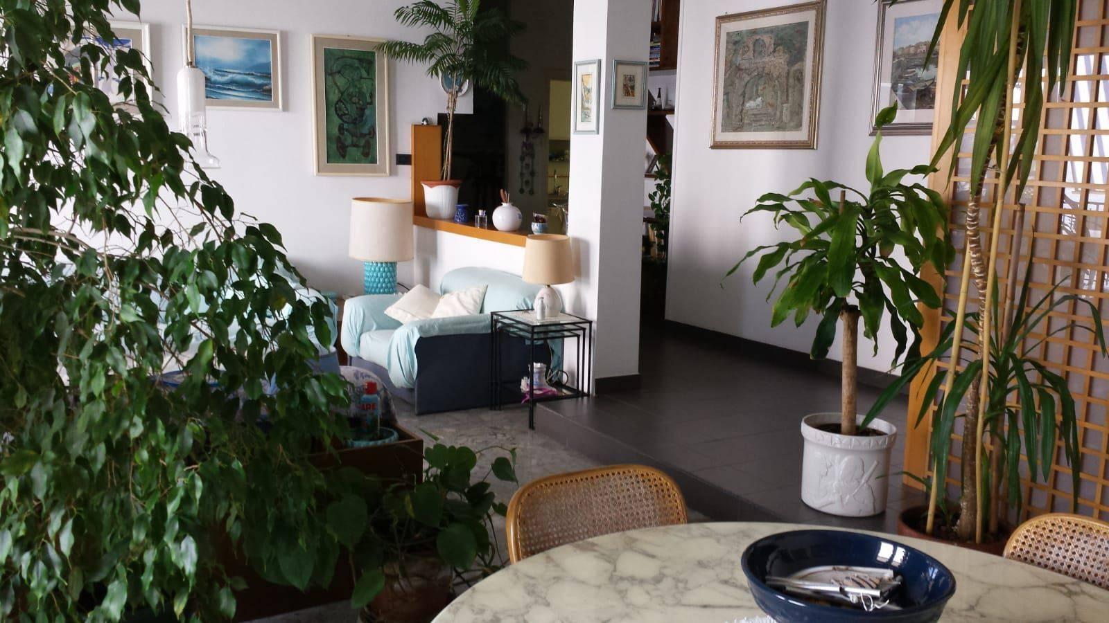 Quadrilocale in vendita, Area Residenziale La Pietra, Pozzuoli,Napoli